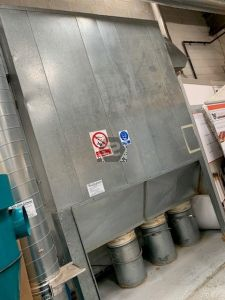 Used Large Enclosed Multifilter Dust Extractor