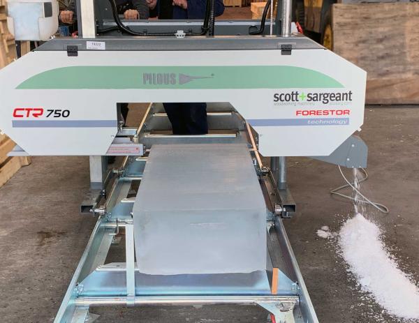 Forestor Sawmill Cuts Ice Blocks & Beams